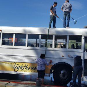 Washing Buses |  2016-10-22