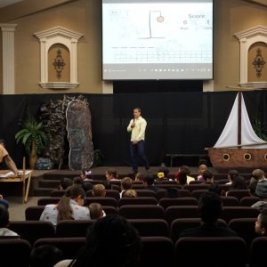 2018-04-01 | Easter Sunday, Sunday School, Bus, Giveaways and Candy Rain